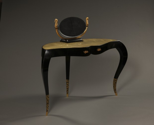 4 dressing room table ebony, yannick chastang 2014